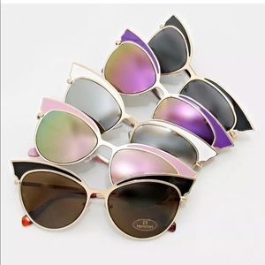 Accessories - GOLD Metal Black Enamel CAT EYE Frame Sunglasses